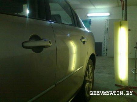MAZDA 3 - выправлена вмятина на задней левой двери