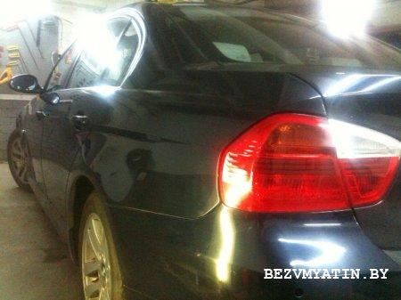 BMW - удаление вмятины на заднем левом крыле