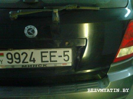 KIA SORENTO - после выпрямления вмятины на крышке багажника