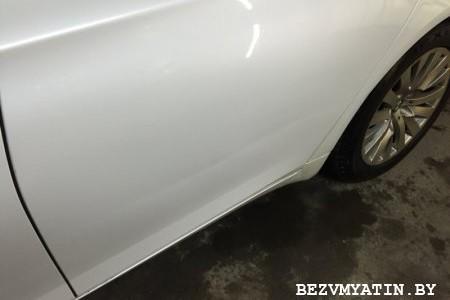 BMW F01 — вмятина на задней левой двери (алюминий)