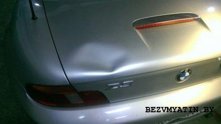 BMW Z3 — вмятина на крышке багажника