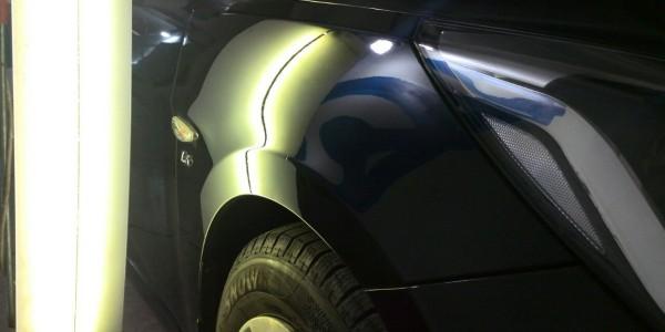 Hyundai Solaris — вмятина на переднем правом крыле после удаления