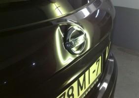Nissan-Qashqai-вмятина-на-крышке-багажника-до-768×433