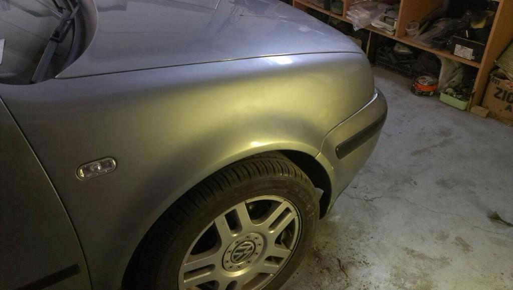vw golf - крыло после ремонта