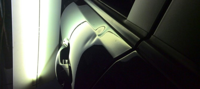 Kia Rio — вмятина на передней левой двери