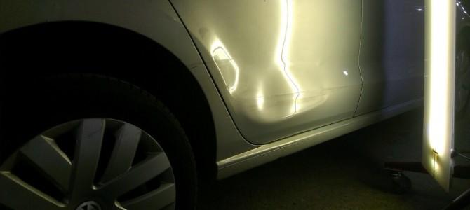 VW POLO — вмятина на задней правой двери