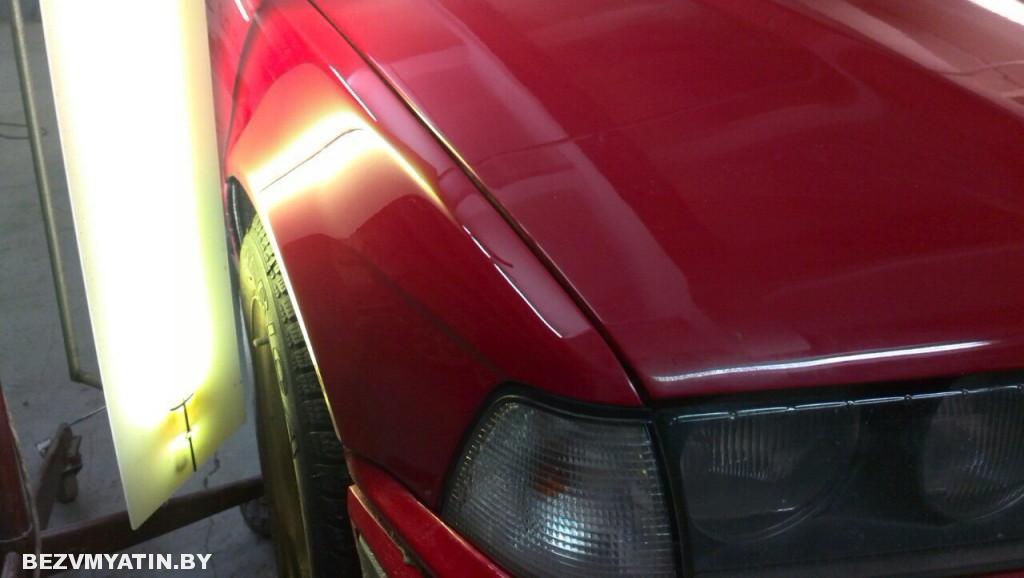 BMW E36 - вмятина на переднем правом крыле после выправления