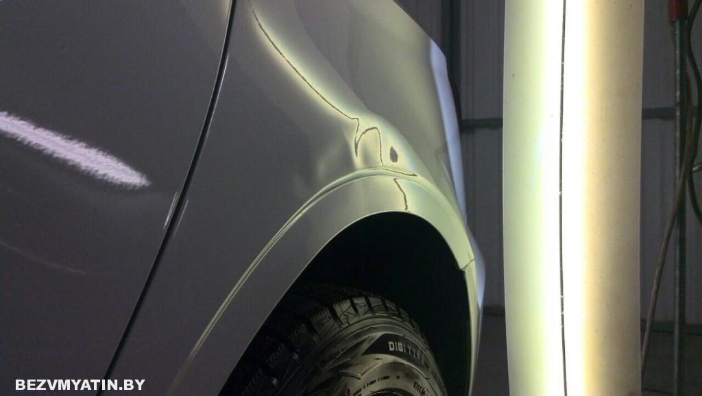 Audi A3 - вмятина на заднем левом крыле до ремонта