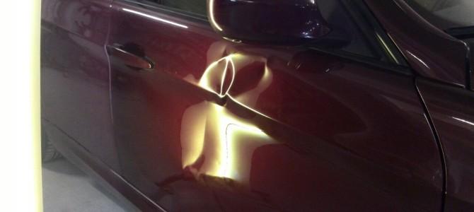 BMW E90 — вмятина на передней правой двери