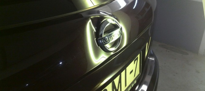 Nissan Qashqai — вмятина на крышке багажника