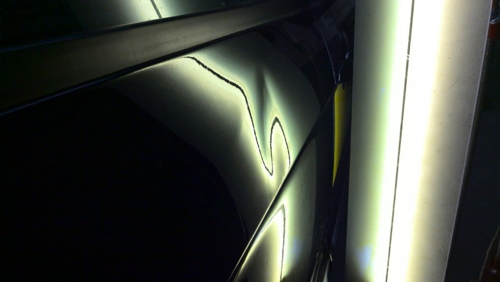 Ford S-Max - вмятина на задней правой двери до ремота